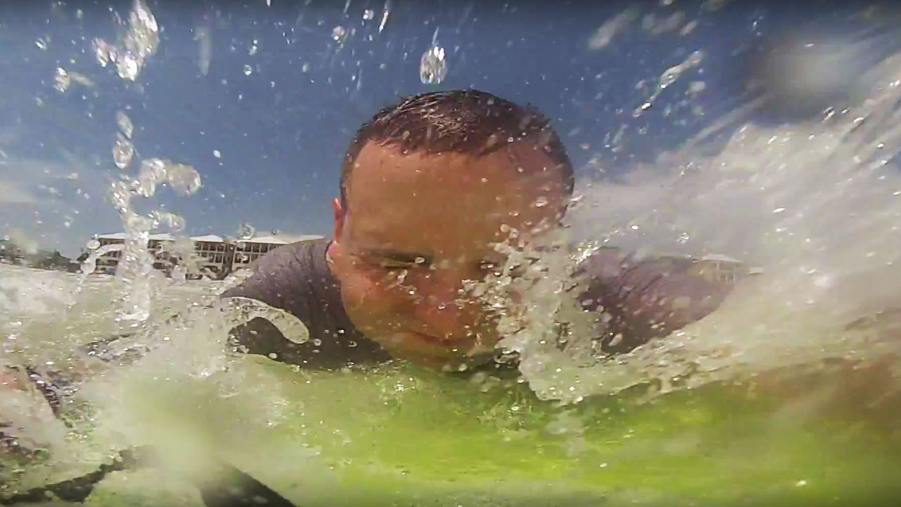 destin-fl-waves-board-gopro