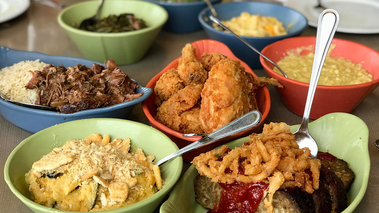 Paula Deen S Family Kitchen Restaurant Destin Commons
